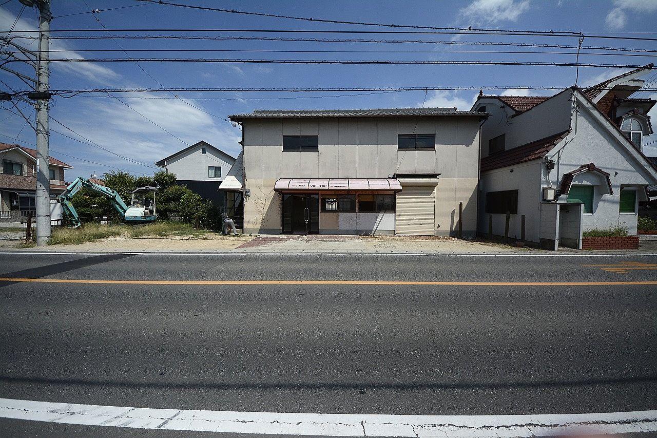 「高松市立みんなの病院」までほど近い850mの近さ!・駐車場4~5台可能!高松市仏生山町・約10坪!