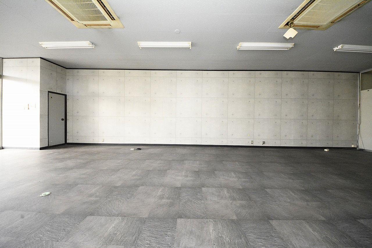 高松市木太町2465-1・店舗、事務所・29坪 ・きれいな事務所跡・シャワールームがあります・みやざき不動産