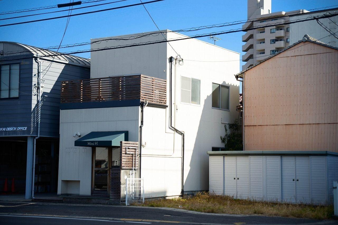 高松市上福岡町にある人気のレインボー通り沿い・パン屋さん跡!・飲食店はもちろんそれ以外の用途にも!