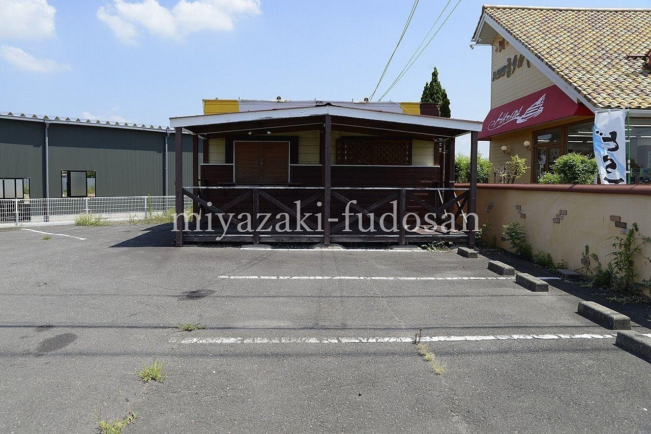 成合町・テイクアウト店にお勧め!・国道32号線沿いに建つ店舗!