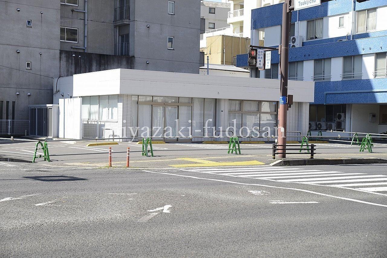 塩上町・国道11号線沿い・コンビニ跡店舗!