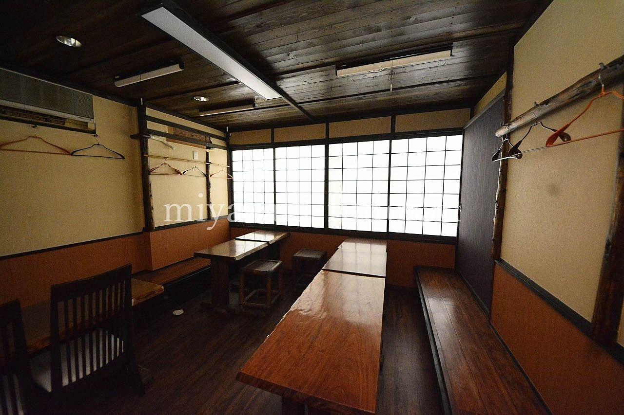 JR高松駅にほど近い、飲食店居抜の店舗&居宅です!