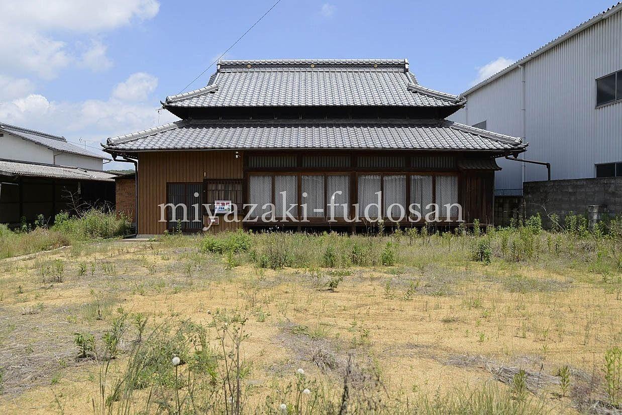 綾川町・昭和を残した庭の広い古民家