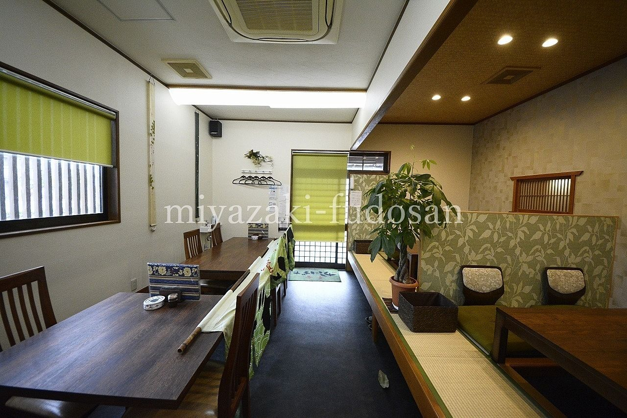 三木町下高岡のロードサイド・日本料理店跡居抜き・すぐに始められます!