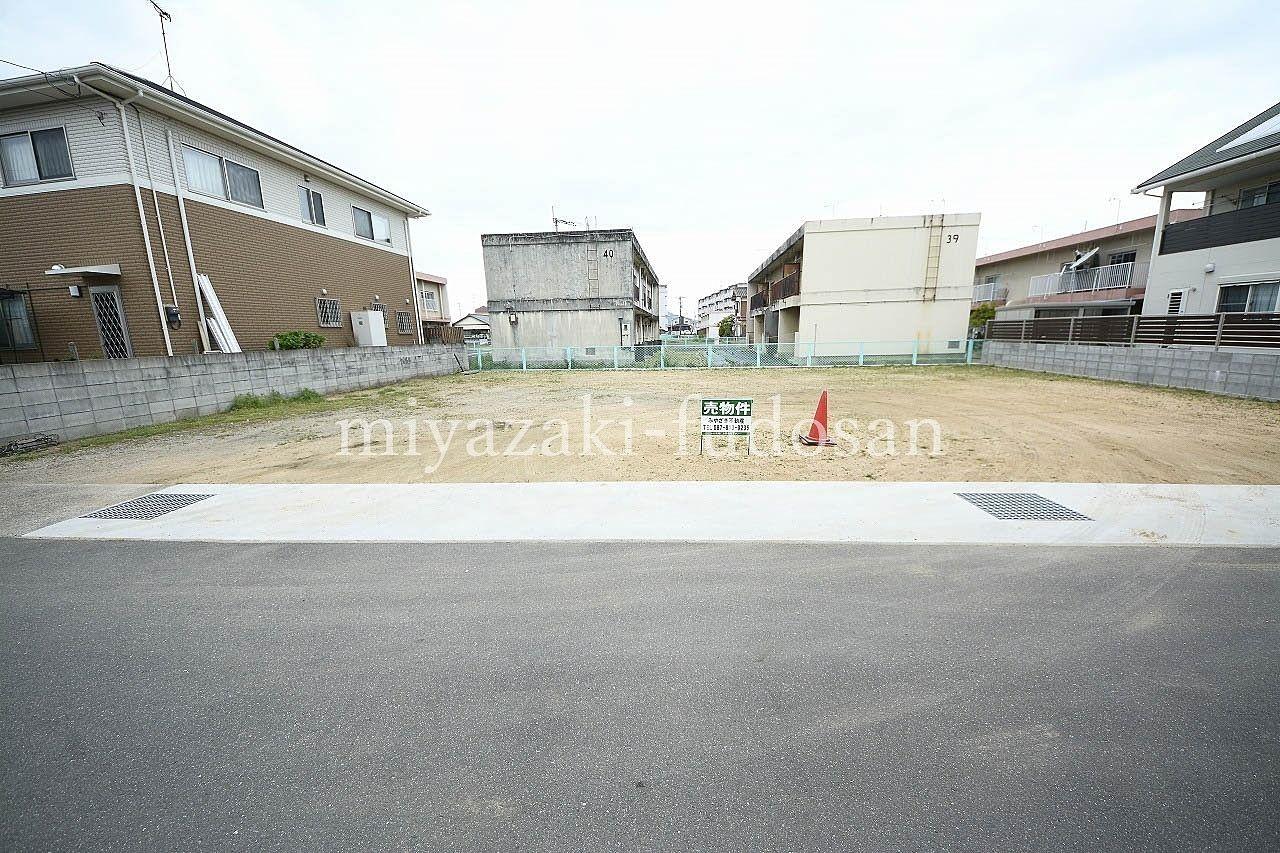高松市寺井町の徒歩圏内にお買い物も行ける環境のある土地です。