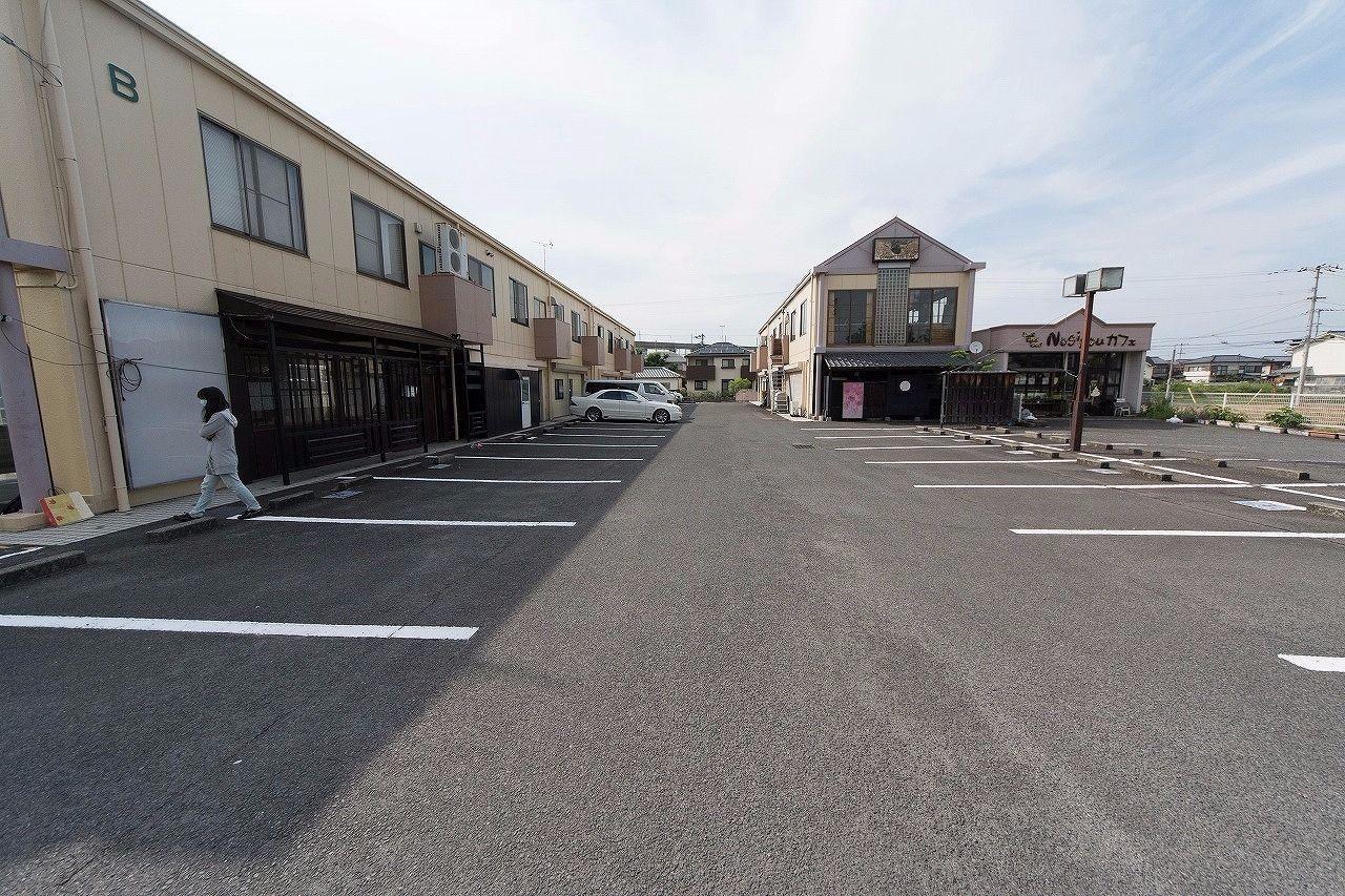 宇多津町のさぬき浜街道沿い・店舗・13.31坪 ・みやざき不動産